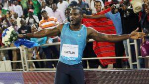 Após superar Bolt no Mundial, Gatlin pede desculpas por doping