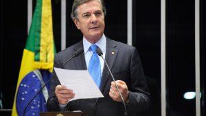 Collor anuncia que será candidato à presidência da República