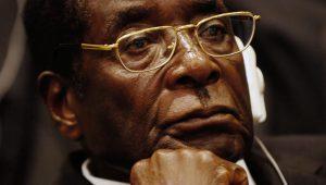 Mugabe é destituído da liderança do partido governante do Zimbábue