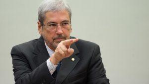 Planalto já admite, nos bastidores, que Imbassahy pode ser vitimado por indecisão do PSDB