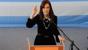 Justiça da Argentina quer Cristina Kirchner presa: é possível comparar com Lula?