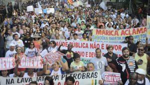 Estado do Rio pagará 13º salário de 2017 a 202 mil servidores na sexta-feira