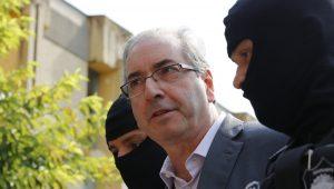 Eduardo Cunha insiste para ficar em Brasília e Justiça volta a negar
