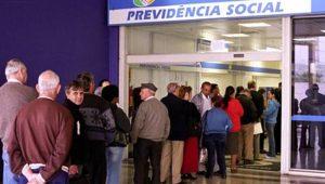 Meirelles cita Grécia ao defender reforma da Previdência