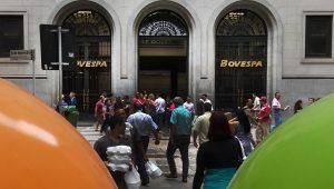 Bovespa abre em alta, beneficiada pelo exterior