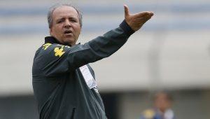 Após demitir técnica, CBF anuncia volta de Vadão ao comando da Seleção feminina