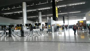 Volume de passageiros internacionais no aeroporto de Guarulhos bate recorde