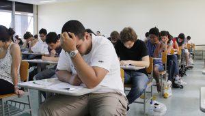 """Unicamp usa tecnologia contra """"colas eletrônicas"""" em vestibular"""