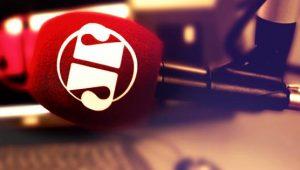 O rádio é sempre aquele amigo que você liga e desliga na hora que quiser