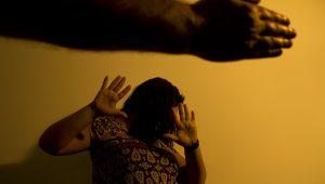 Violência contra mulher segue entre os problemas mais preocupantes do Brasil
