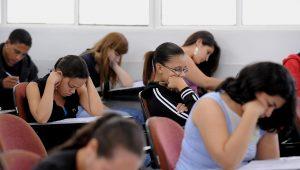 Motivação de alunos pode superar barreiras socioeconômicas