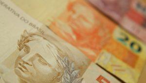Receita torna obrigatório declarar operações de R$ 30 mil liquidadas em espécie