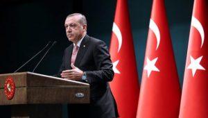 """Presidente turco ameaça atacar milícias curdas da Síria """"a qualquer momento"""""""