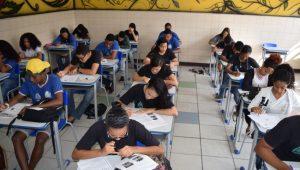 Banco Mundial sugere fim do ensino superior gratuito no Brasil