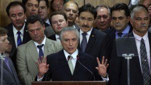 Relação entre PSDB e Governo é como casamento para manter aparências
