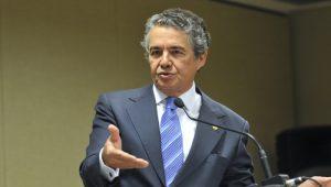 """Ministro do STF nega injustiça em processo contra Lula: """"espernear só revela inconformismo"""""""