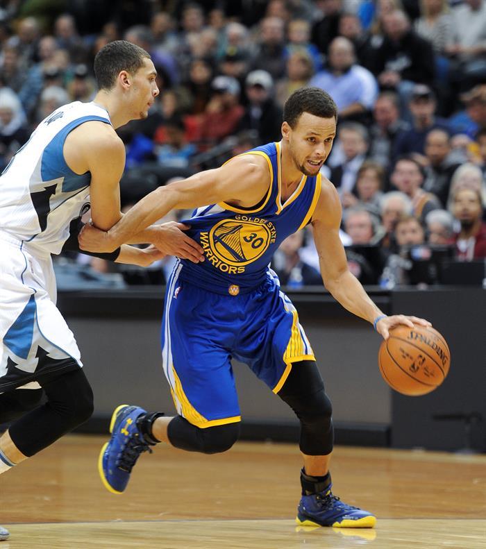 Warriors Record Without Stephen Curry 2017: Warriors Confirma Renovação E Curry Terá Salário Recorde