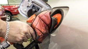 Tribunal acata recurso da União e revalida aumento dos combustíveis