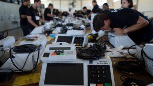 Impressão de voto nas urnas eletrônicas deverá custar R$ 2,5 bi aos cofres públicos, diz TSE