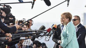 """Apuração confirma vitória de Merkel; chanceler queria """"resultado melhor"""""""