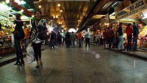 Prefeitura promete revogar cobrança em banheiro de mercados e sacolões