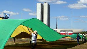 Uma boa notícia: Brasil está saindo do fundo do poço