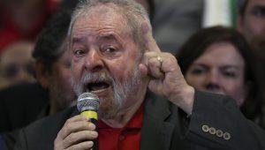 """PT fala em """"rebeldia popular"""" se Lula ficar de fora em 2018"""