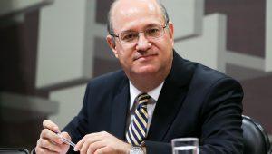 Presidente do BC: manutenção de juros baixos dependerá da reforma da Previdência