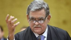 "Mariz de Oliveira deixa defesa de Temer por ""conflito de interesses"""