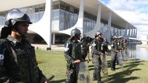 Marinha defende volta de auxílio-moradia a militares