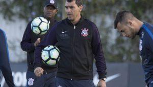 Sem Pablo, Carille define 22 relacionados do Corinthians para pegar o Botafogo