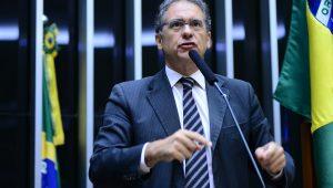 Oposição: aumento de imposto pode influenciar discussão de denúncia contra Temer