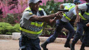 Ninguém assume o protagonismo no País no combate à violência