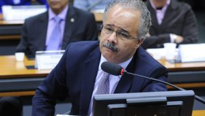 Comissão especial da reforma política se reúne novamente e votação de destaques é adiada