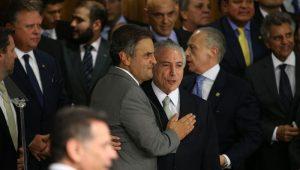 PMDB salvou Aécio, mas será que PSDB salvará Temer para barrar denúncia?