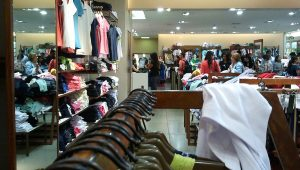 Vendas do comércio têm alta de 0,4% em outubro, diz Boa Vista SCPC