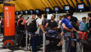 Gastos de brasileiros com viagens ao exterior crescem 34,8% no primeiro semestre