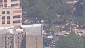 Várias pessoas são baleadas dentro de hospital em NY, diz polícia
