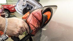 Petrobras reduz preço da gasolina em 0,2% e aumenta do diesel em 1,5% no dia 22