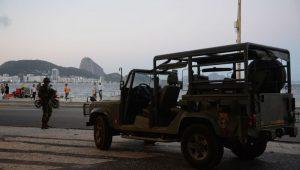 """Em cenário de guerra, fundador da ONG Rio de Paz diz que é necessário """"lei de garantia de ordem"""""""