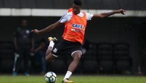Santos terá retornos de Bruno Henrique e Daniel Guedes contra Bahia no Pacaembu