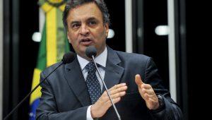 Com recuo do PT, Aécio Neves conta com Michel Temer para voltar ao Senado: votação deve ou não ser secreta?