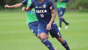 Ederson, do Flamengo, é operado com sucesso para retirada de tumor e ganha prótese