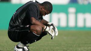 """Sem clube, goleiro Felipe desabafa: """"me arrependo da forma como saí do Corinthians"""""""