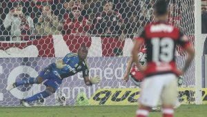 Cuca confirma estreia de Deyverson e Jailson como titular no Palmeiras