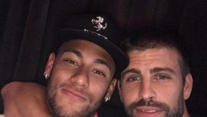 """Piqué afirma que mensagem sobre permanência de Neymar foi """"opinião pessoal"""""""