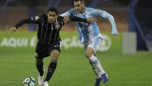 Pablo sofre lesão e desfalca o Corinthians por seis semanas