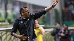 Novo comando: Palmeiras confirma Roger Machado para 2018