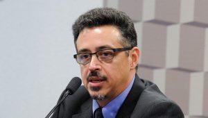 Novo ministro da Cultura evita responder se acredita na inocência de Temer