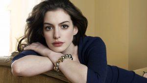 Anne Hathaway pode ser protagonista de filme sobre a Barbie
